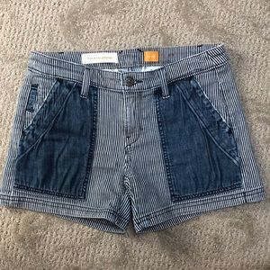 NWOT Anthropologie jean shorts size 26
